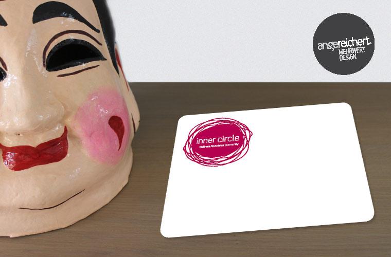 Logogestaltung auf Werbekarte